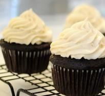 terri+cupcake