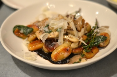 house-of-haos-il-buco-alimentari-and-vineria-noho-new-york-roasted-mushroom-gnocchi
