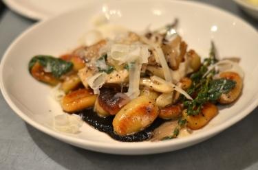 house-of-haos-il-buco-alimentari-and-vineria-noho-new-york-roasted-mushroom-gnocchi