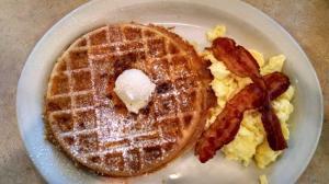 bacon-cheddar-waffle
