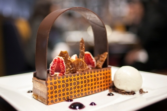 Chocolate-hazelnut Burke-n' Bag at the David Burke fabrick restaurant in New York, June 11, 2014. (Samira Bouaou/Epoch Times)